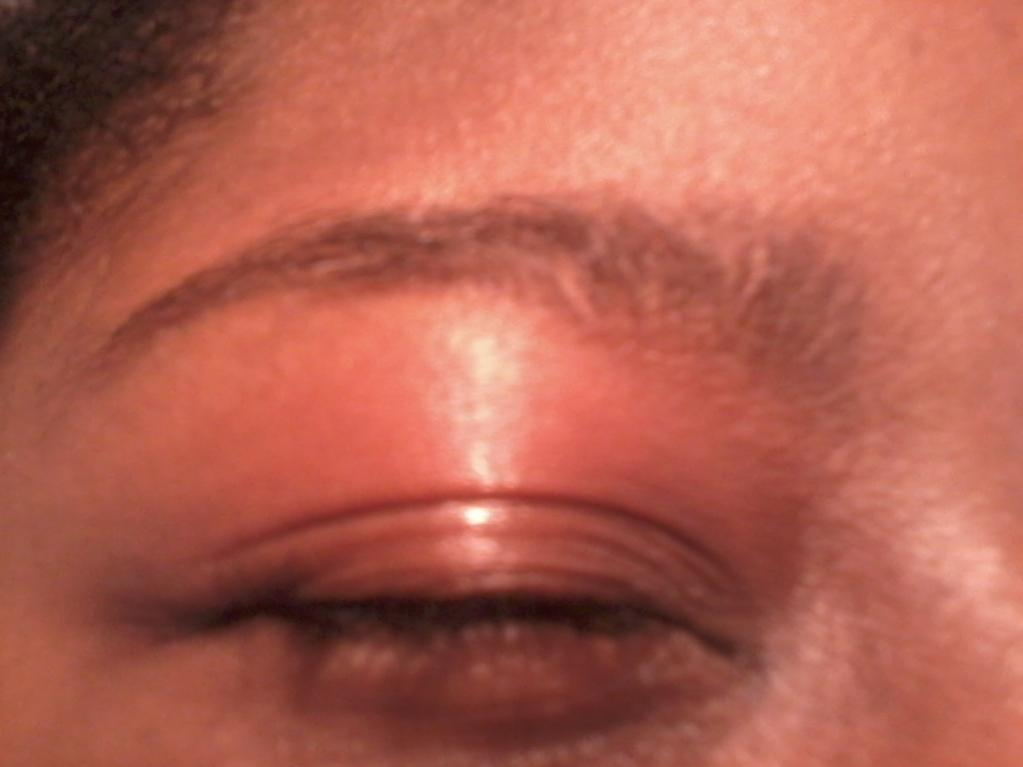 Defined Eyebrows-uploadfromtaptalk1328380093695.jpg